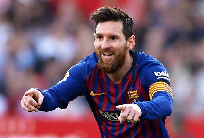 Do you want to play football together with Messi
